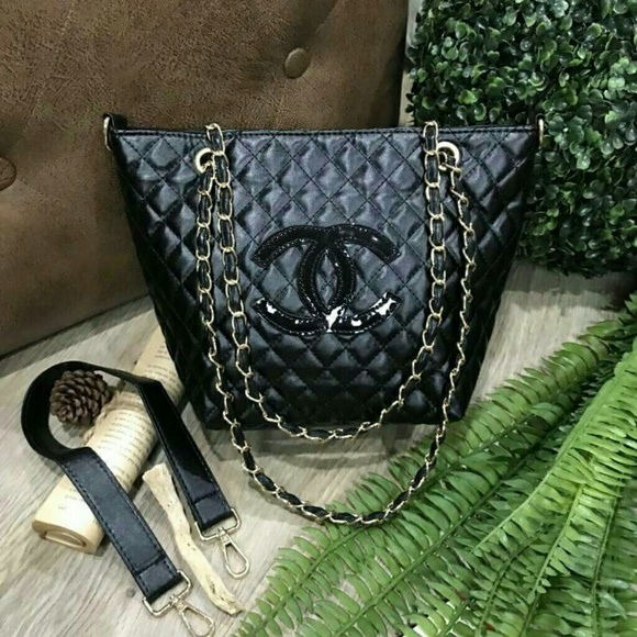 Bags   Chanel Chain Tote Shoulder Shopper Bag Vip Gift   Poshmark f29487c79f